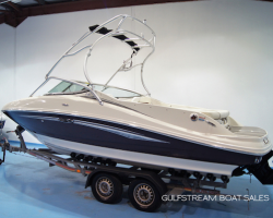 Thumbnail image for Sea Ray 210 Select with Mercruiser 350 MAG 300HP – SOLD