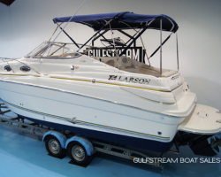 Thumbnail image for Larson 240 Cabrio with Mercruiser 5.0L MPI 260HP Bravo 3 – £27,995