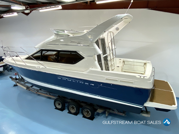 Bayliner 288 Flybridge Boat For Sale UK and Ireland - GulfStream Boat Sales